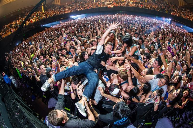 rok-koncert-zritel-publika-fanaty